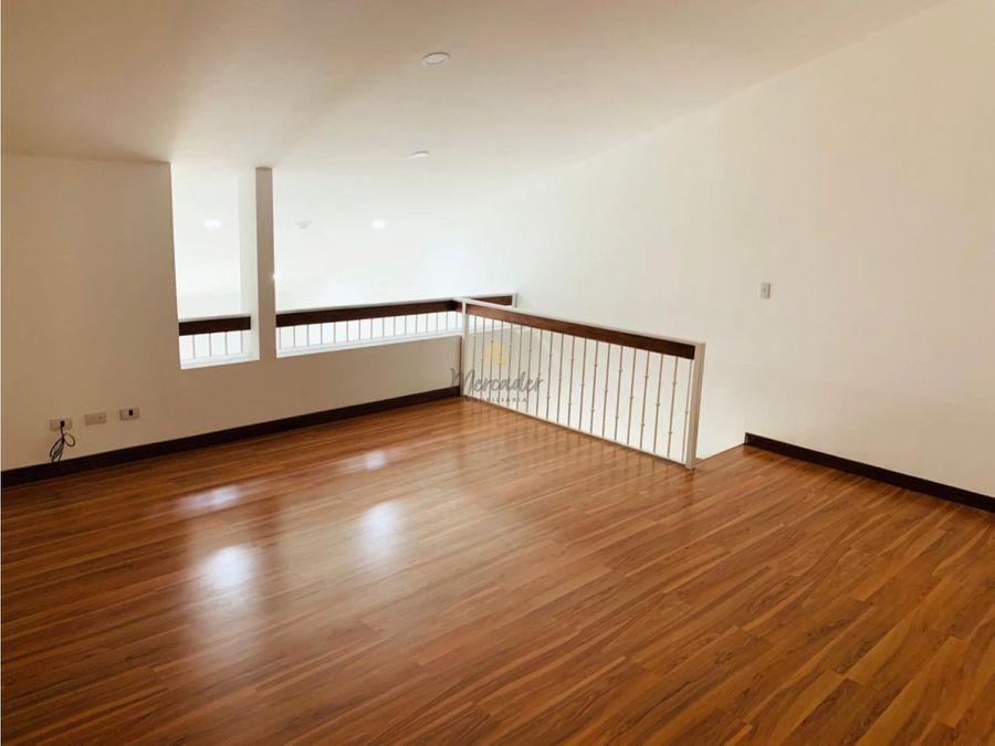 se vende apartamento condominio via nova 2 habs santa ana