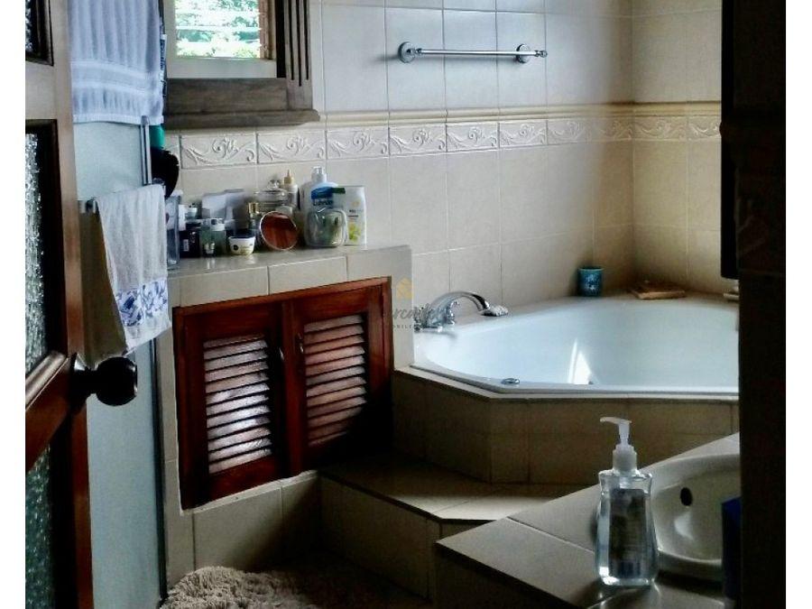 venta casa 7 hab en residencial alma mater sabanilla montes de oca
