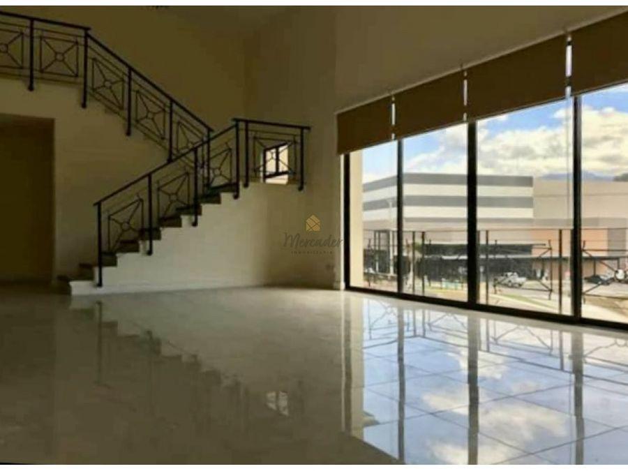 venta de penthouse en condominio lomas de ayarco curridabat
