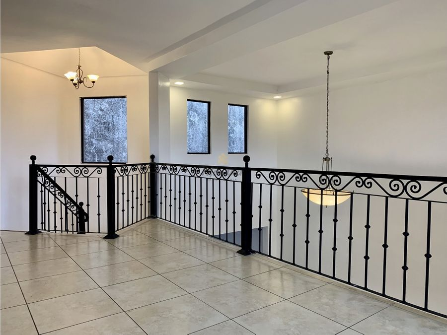 venta casa en san pedro lourdes en residencial