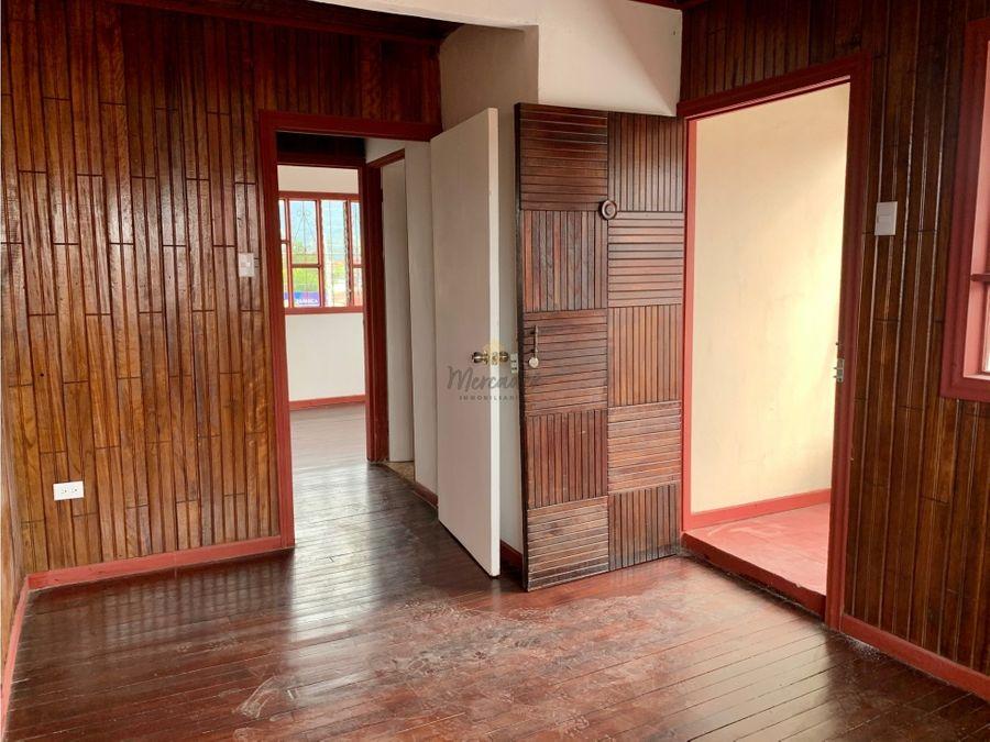 venta de casa esquinera con uso comercial desamparados centro