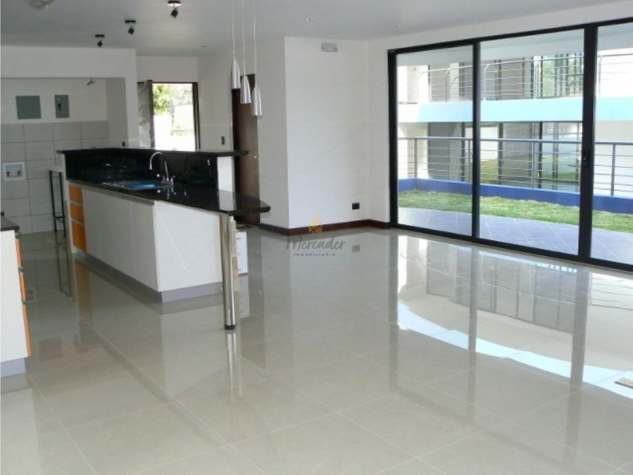 alquiler apartamento 2 piso 2 habs santa ana rio oro