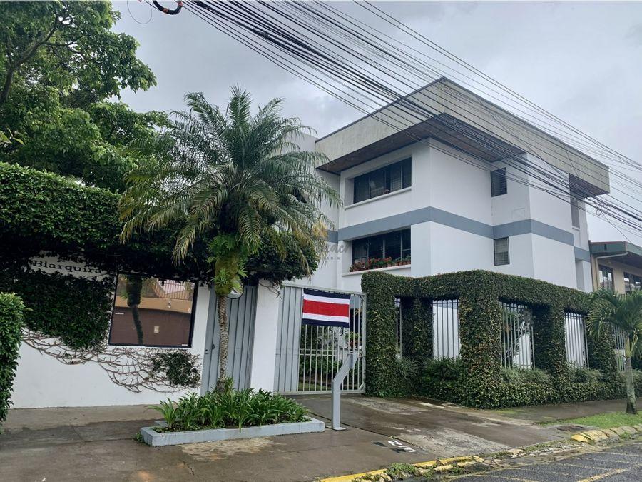 venta de apartamento en curridabat barrio freses en condominio