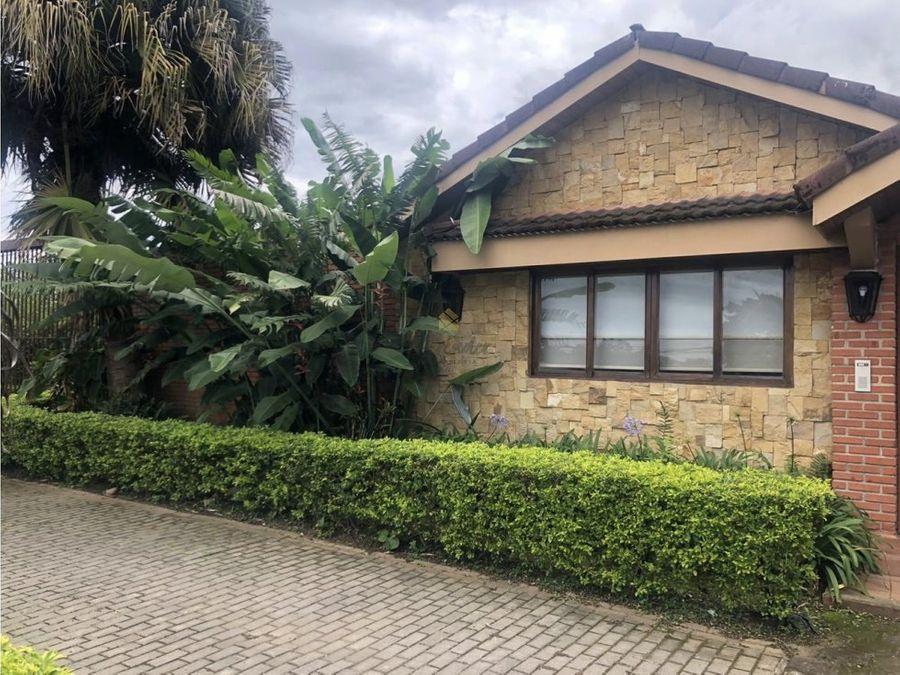 alquiler casa en residencial sabanilla montes de oca