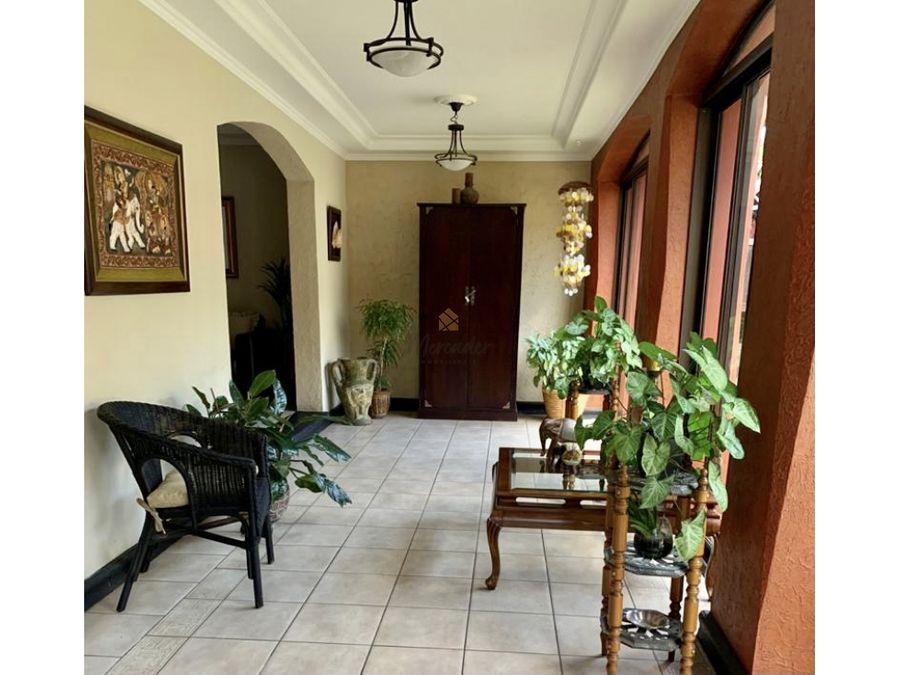 venta casa en curridabat guayabos en residencial