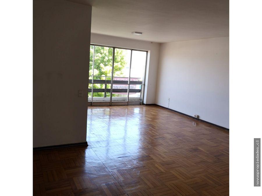 oficina a 140 m2