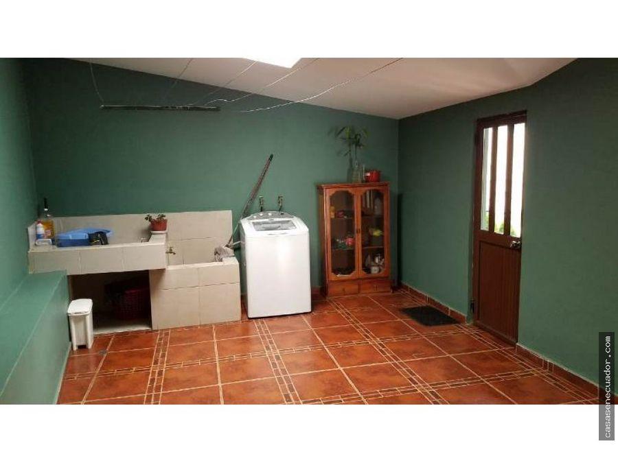vendo casa en cashapata sector estadio liga de cuenca 280000