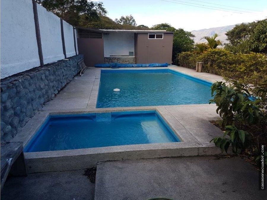 vendo quinta con piscina en yunguilla