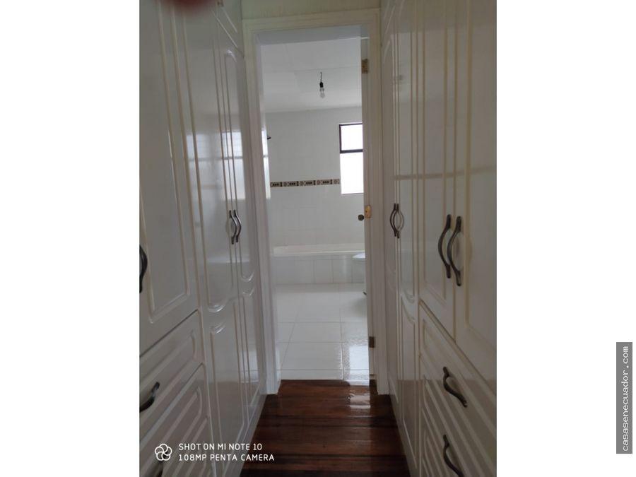 vendo bonita casa en ricaurte precio 105000 neg