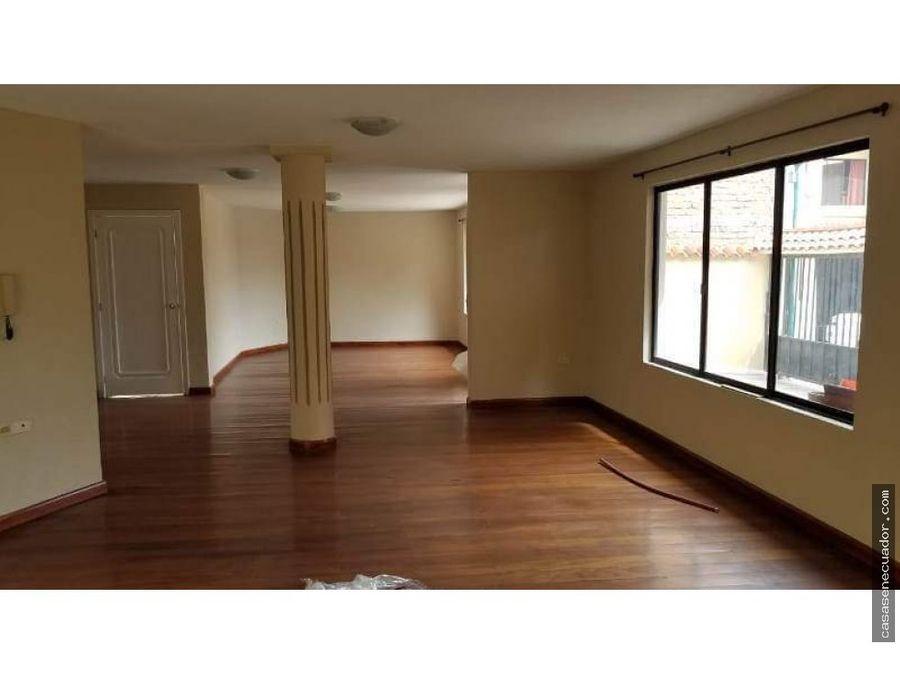 vendo casa sector av loja precio 145000 neg