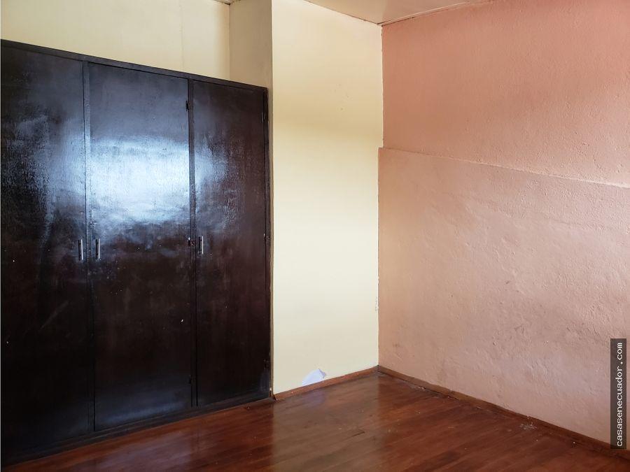 vendo casa de 8 departamentos sector el tiempo 380000 neg