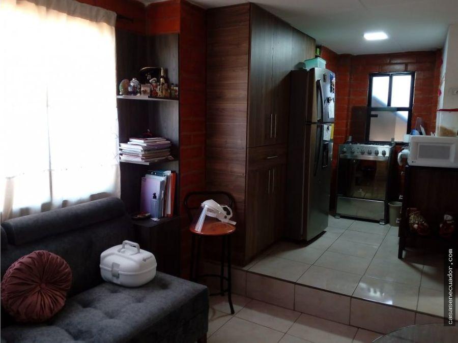 vendo casa rentera sector gonzales suarez precio 545000 neg