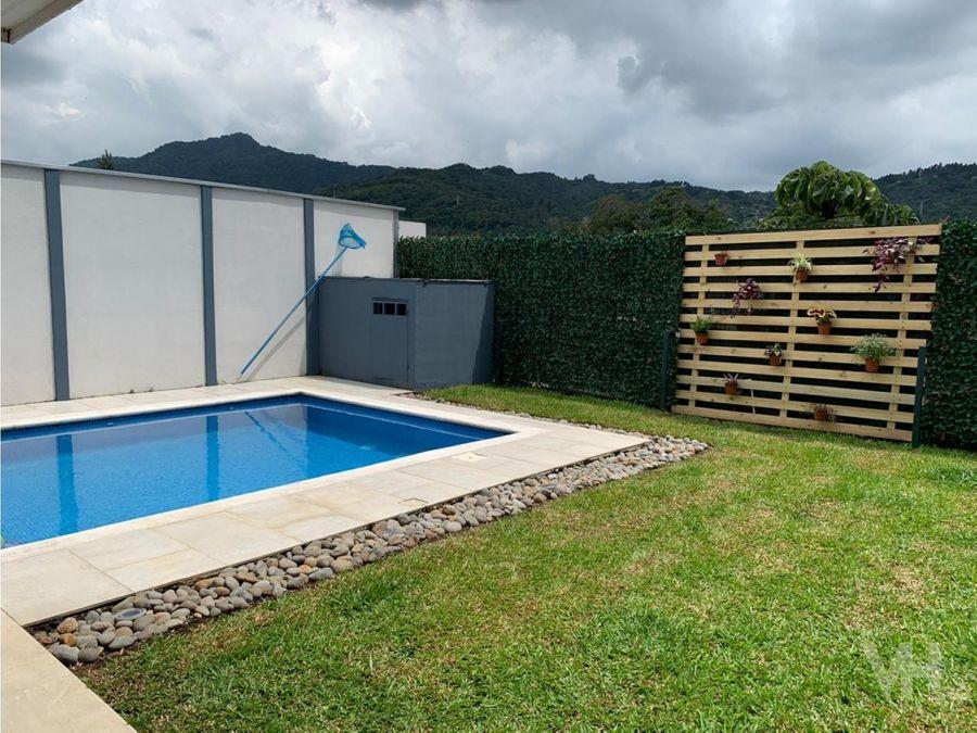 venta casa piscina y linea blanca condom cedros del este ayarco sur