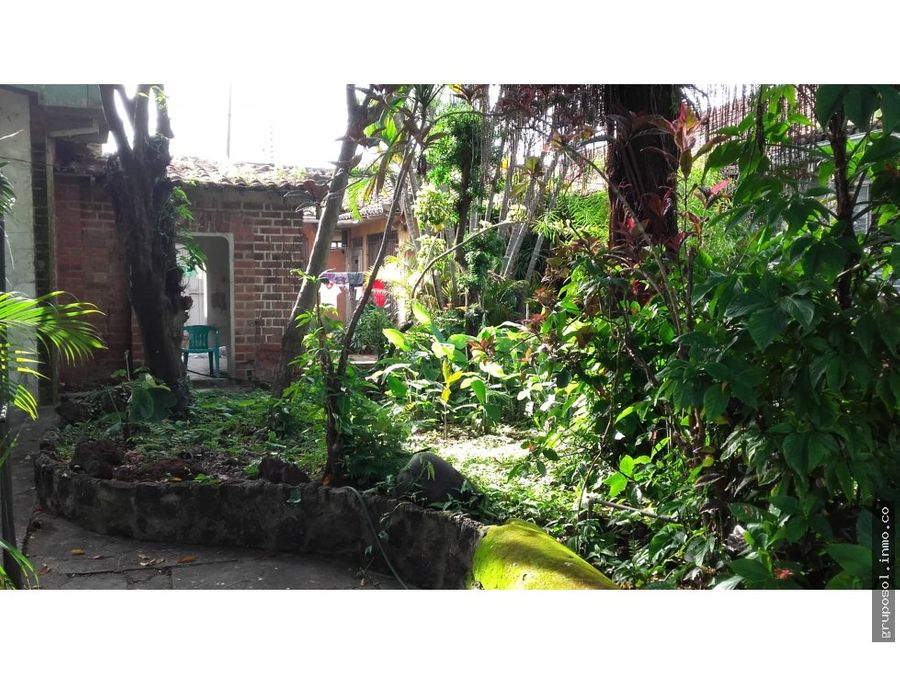casa antigua en venta en centro de santa ana