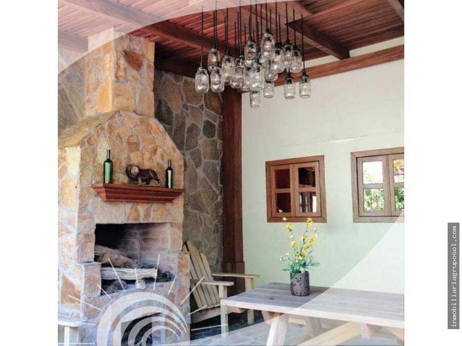 linda casa en condado santa rosa
