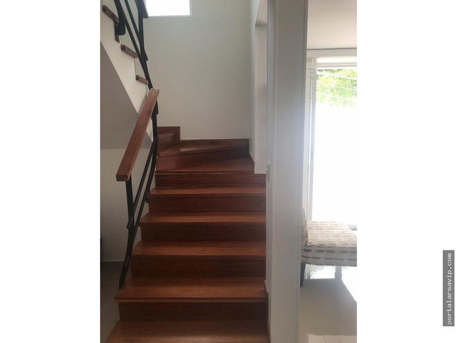 venta hermosa casa av centenario norte