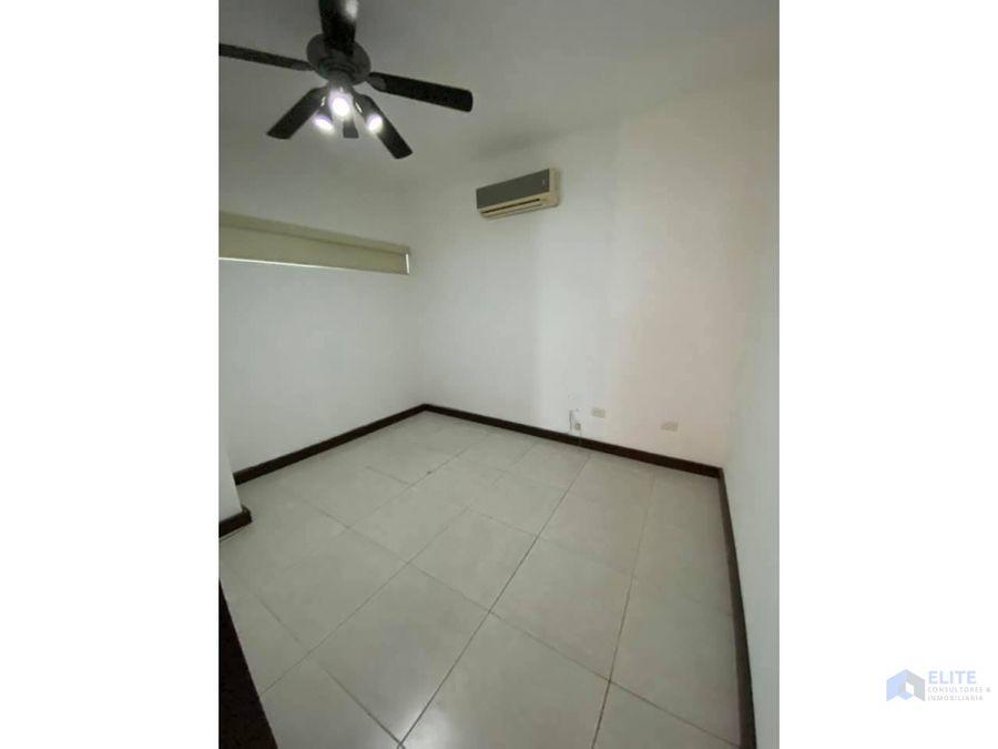 venta de casa en paraiso residencial