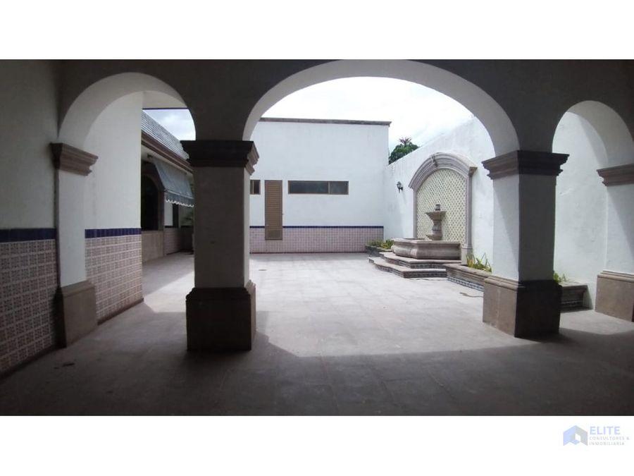 venta de hotel boutique con alberca en centro historico de queretaro