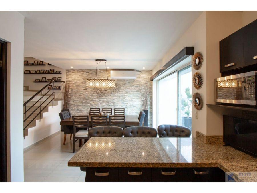 venta de casa en cumbres santa clara