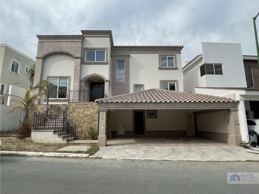 venta de casa en carretera nacional sierra alta 3er sector
