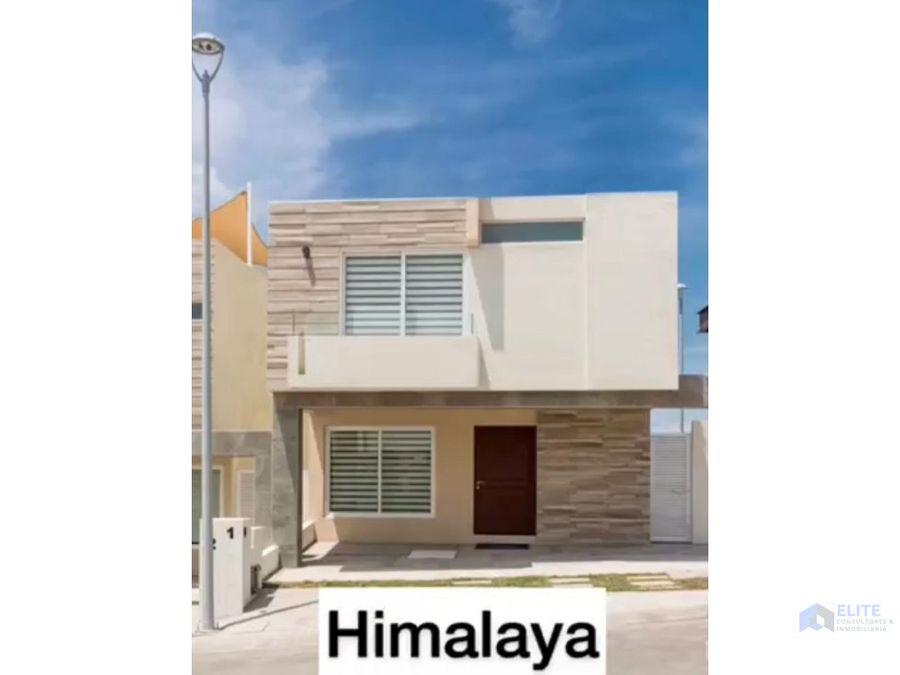 preenta de casa en zibata himalaya en queretaro