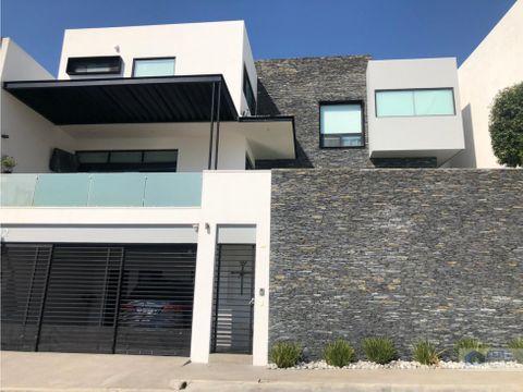 venta de casa en privada fundadores