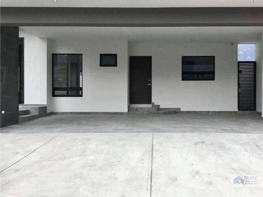 venta de casa en portal del valle