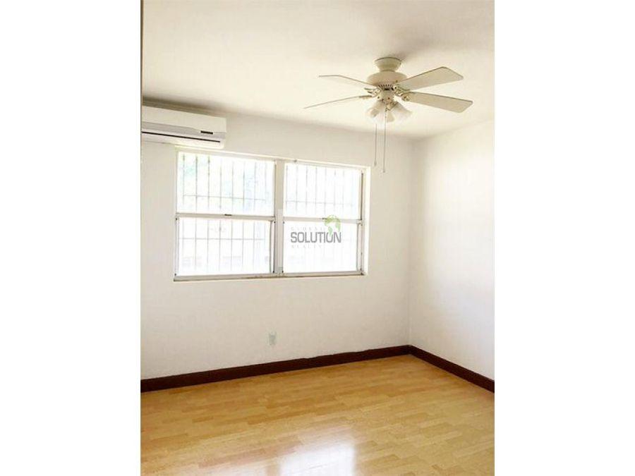 se vende mitad de edificio para remodelar
