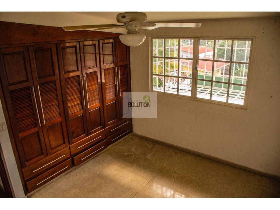 se vende casa pueblo nuevo la loma ciudad de panama