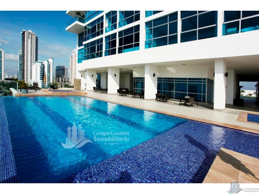 penthouse con piscinajacuzzi en costa del este 1000m2 primera linea