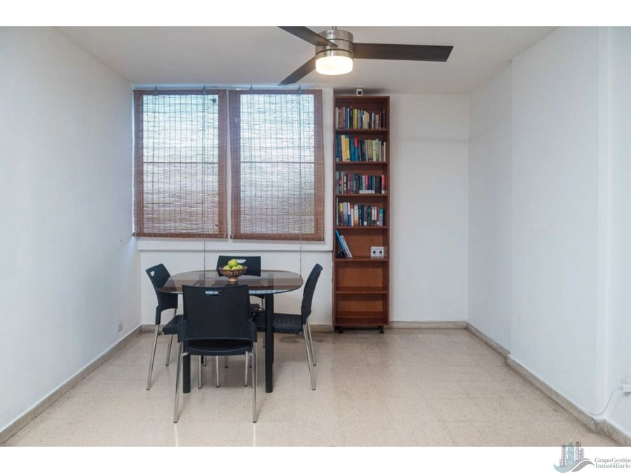 se vende apartamento en carrasquilla 62 m2