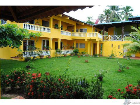 casa de playa juan gallego isla grande portobelo