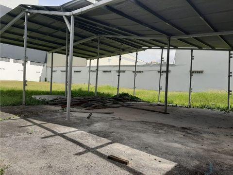 alquiler lote de 1700 m2 parque industrial en costa del este