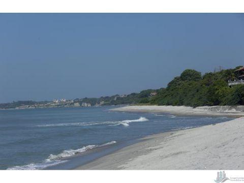 terreno de 34000 m2 para desarrollo turistico en punta barco