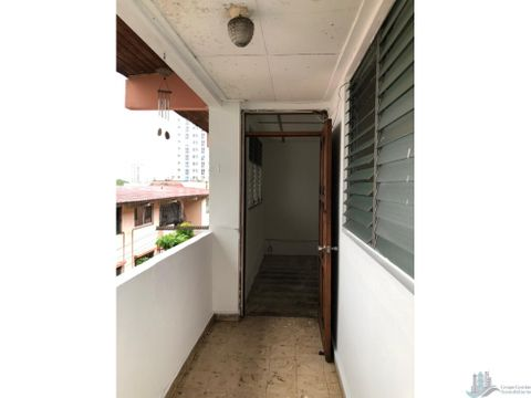 se vende apartamento vacio edificio almendro 64 m2