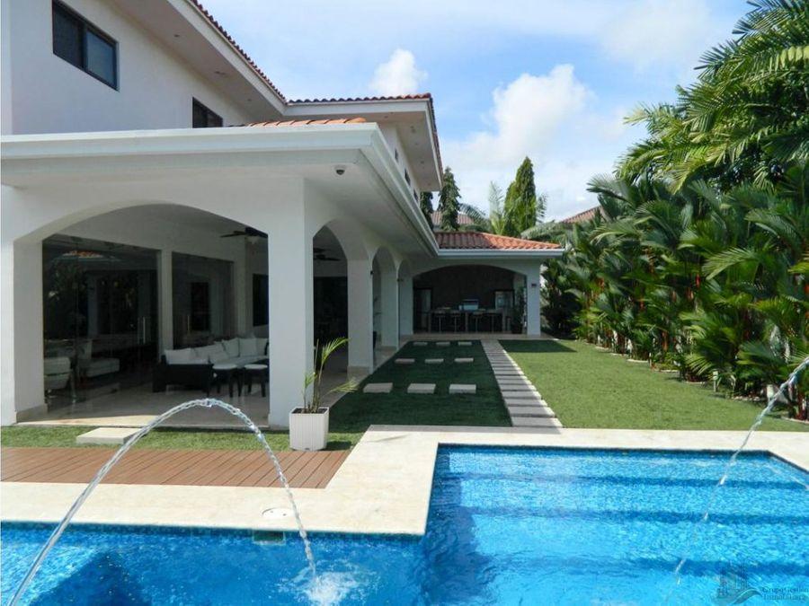 vendo casa piscina 4rec costa del este