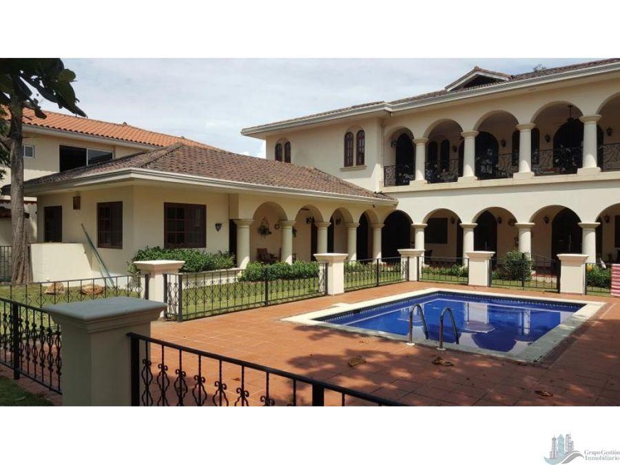 casa mansion en costa del este con piscina 7rec 1277m2