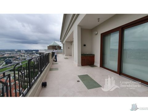 vendo penthouse en santa maria court the heritage 680m2