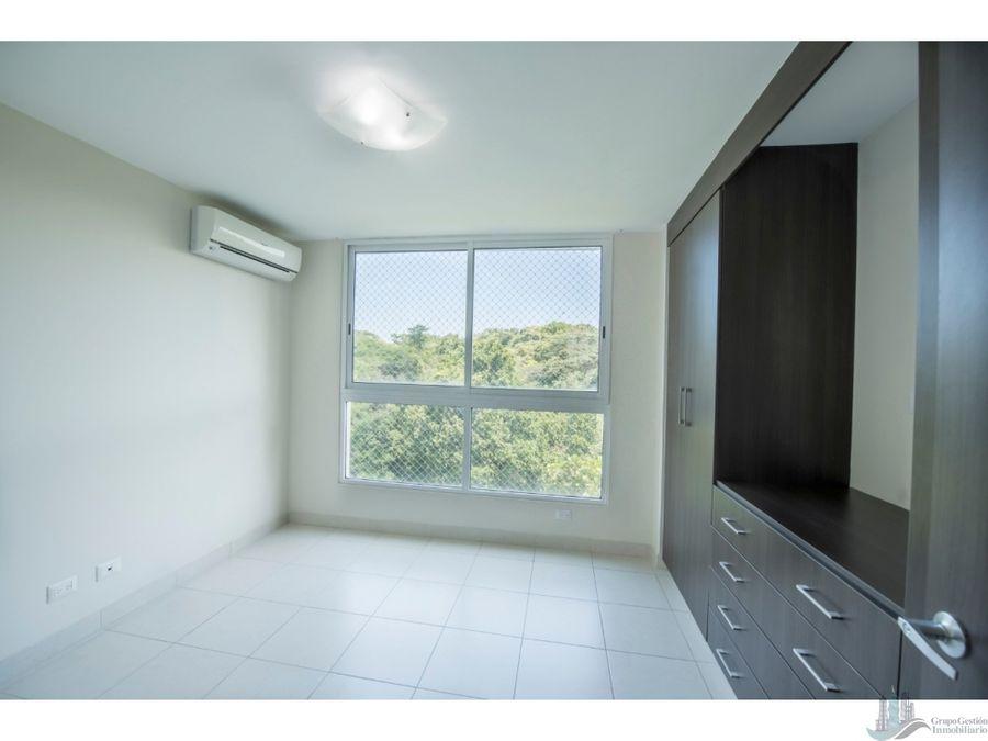 se alquila apartamento ph clayton park ii 152 m2