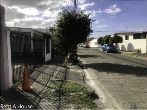 casa en venta en campo lindbergh 160 m2 5 rec 2 banos 3 parking
