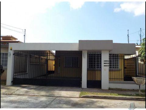 se vende casa en altos praderas de san antonio 250 m2