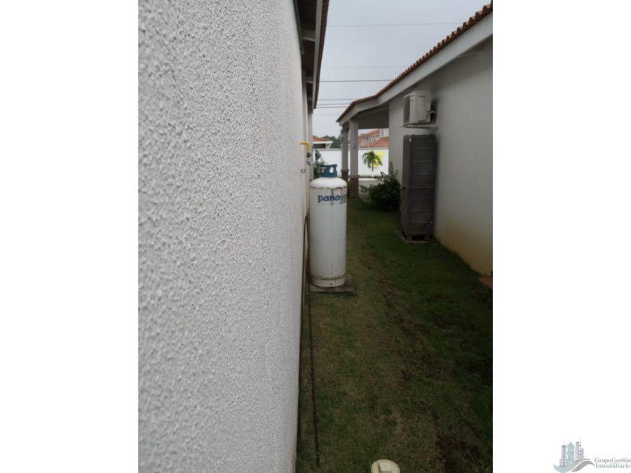 casa amoblada o con linea blanca en versalles oeste 3 rec