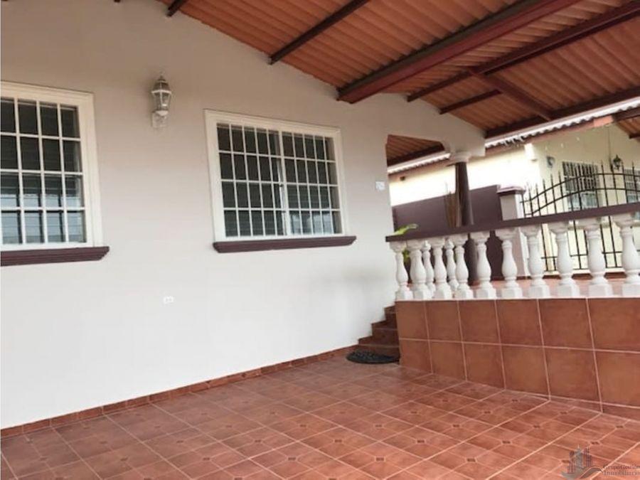 se vende casa 3 rec en las terrazas brisas del golf