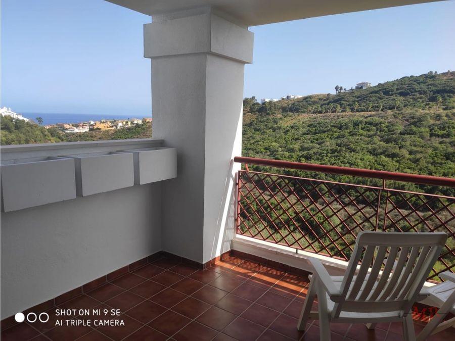 maravilloso apartamento en alquiler con vistas al mar
