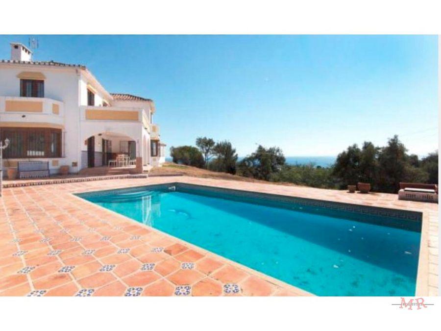 espectacular villa con vistas panoramicas
