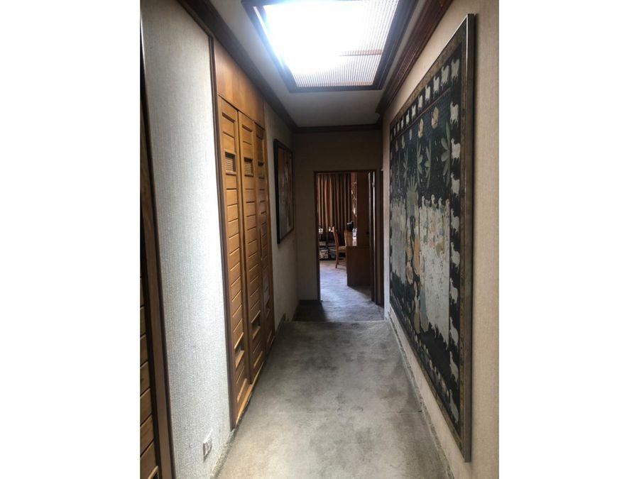 penthouse en santa barbara de 320 mts2 en 6 piso hermoso