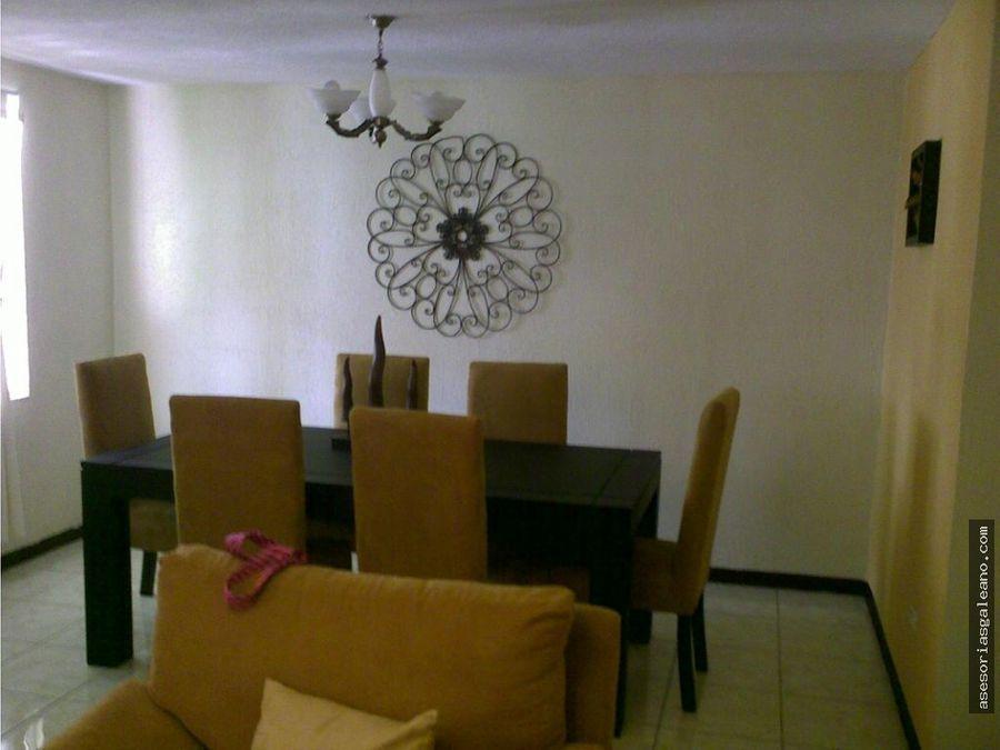 bonita casa en venta en alamedas del encinal i zona 7 de mixco