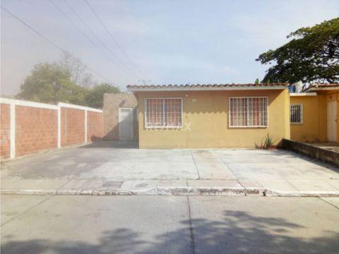 casa en venta urbanizacion la pradera san joaquin novus 456869