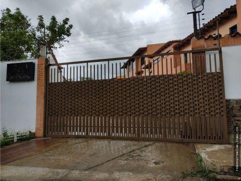 townhouse amoblado en res rusticana naguanagua novus 451604