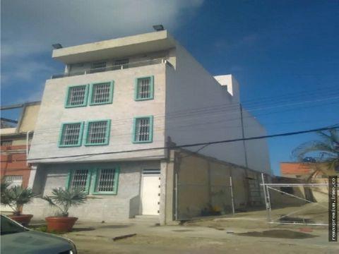 edificio de 4 pisos con oficinas en puerto cabello novus369356